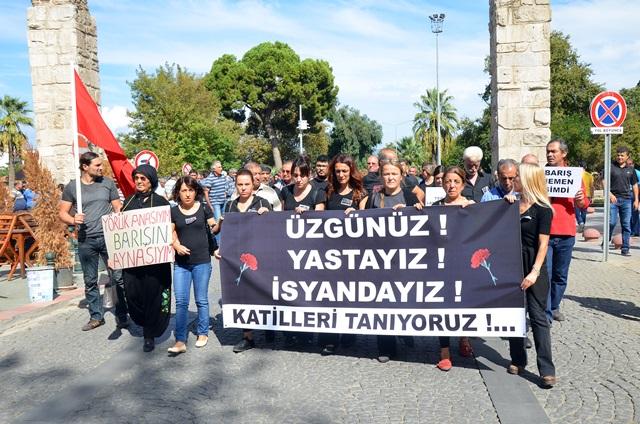 Ankarada ki patlama Selçukta protesto edildi (11)
