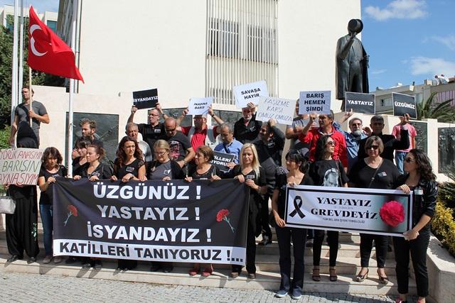 Ankarada ki patlama Selçukta protesto edildi (23)