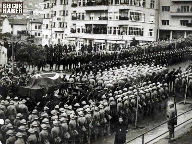 Mustafa-Kemal-Atatürk-25