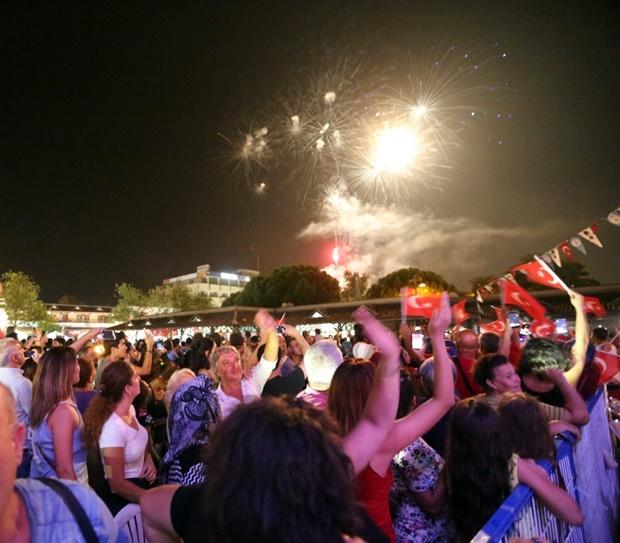 selcuk-efes-festivali-umitbesen-pamela (24)