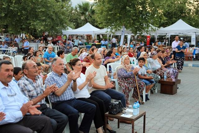 belevi-seftali-festivali-yapildi (8)