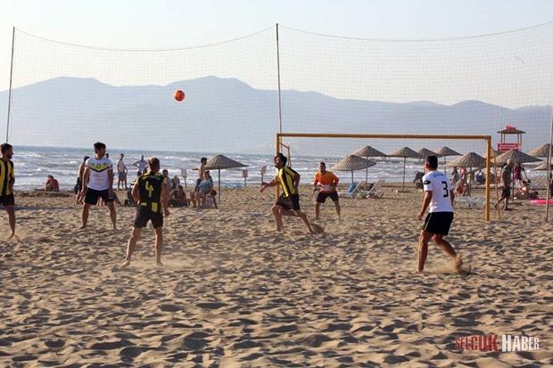 selcuk-plaj-futbolu (5)