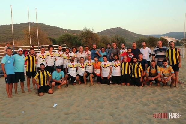 selcuk-plaj-futbolu7