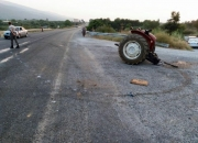 Traktör paramparça oldu2