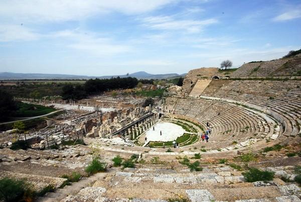 Efes Antik Tiyatro Artık Daha Güçlü  Selçuk Haber