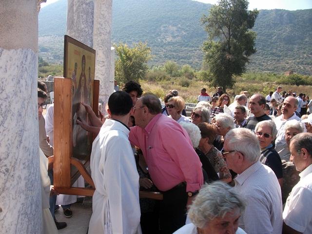 efes-meryemana-kilisesinde-ayin (1)
