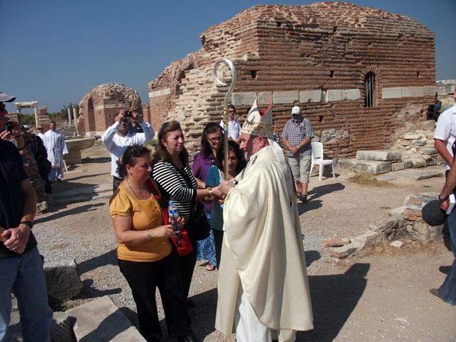 efes-meryemana-kilisesinde-ayin (9)
