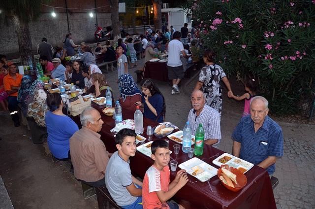 kuba-mescidi-iftar (2)