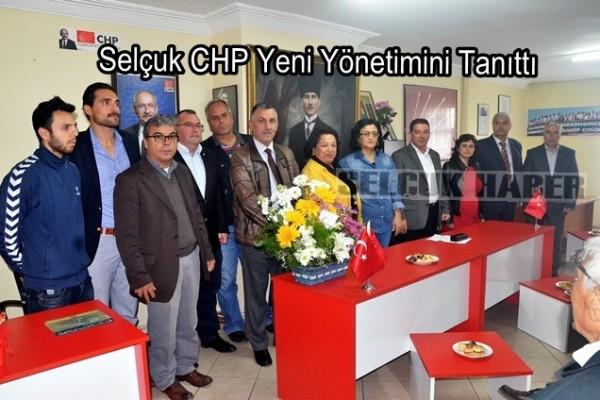 Selçuk CHP Yeni Yönetimini Tanıttı