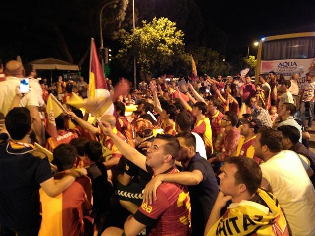 Galatasaraylıların şampiyonluk coşkusu (4)