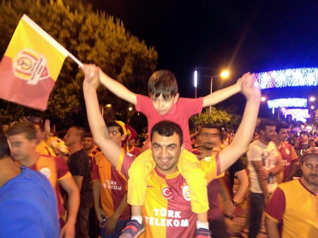 Galatasaraylıların şampiyonluk coşkusu (5)
