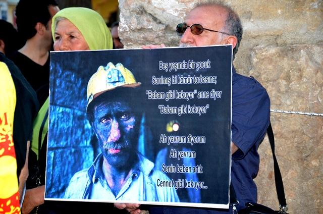 Maden-İşçileri-Selçukta Anıldı (4)
