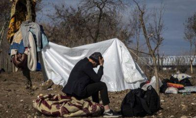 Kapıların açılmasını bekleyen sınırdaki mültecilerden haber geldi!